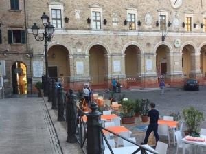 treia piazza
